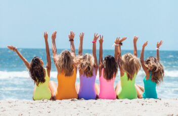 beach-girls